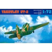 Yakovlev UT-2 (1:72)