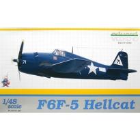 F6F-5 Hellcat - Weekend Edition (1:48)