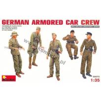 German Armoured Car Crew (1:35)