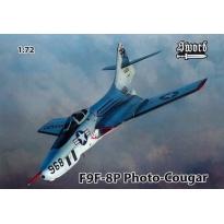 F9F-8P Photo-Cougar (1:72)