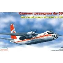 Reconnaissance Aircraft An-30 (1:288)