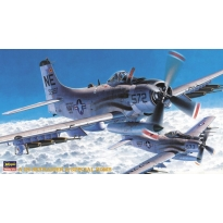 A-1H Skyraider w/Special Bomb (1:72)