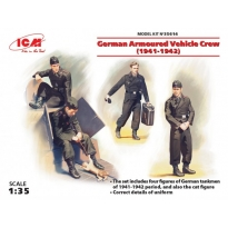German Armoured Vehicle Crew (1941-1942) (4 figures and cat) (1:35)