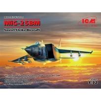 MiG-25 BM, Soviet Strike Aircraft (1:72)