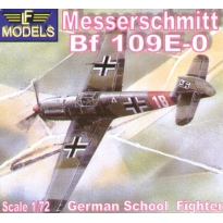 Messerschmitt Bf 109E-0 German School Fighter (1:72)