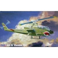"""AH-1G """"Vietnam War"""" (1:72)"""