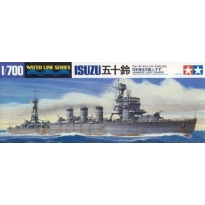 Japanese Light Cruiser Isuzu (1:700)