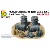 WWII German 20L Jerry Can & 200L Fuel Drum Set (1:16)