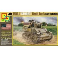 M5A1 Stuart Light Tank (Early Production) (1:16)