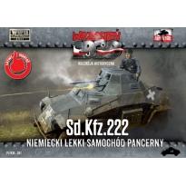 First to Fight Sd.Kfz.222 - Niemiecki Lekki Samochód Pancerny (1:72)