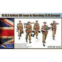 W.W.II British MG Team In March (N.W. Europe) (1:35)