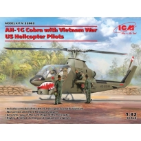 AH-1G Cobra with Vietnam War US Helicopter Pilots (1:32)