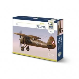 PZL P.11c Model Kit (1:48)