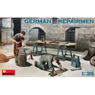 German Repairmen (1:35)