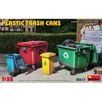 Plastic Trash Cans (1:35)
